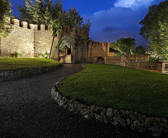 Flos_Hotel_Resort_Borgo_dei_Conti_Montepetriolo_1